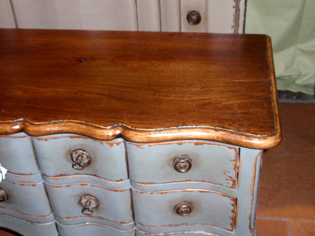 love the natural distressed wood top antiquing wood furniture