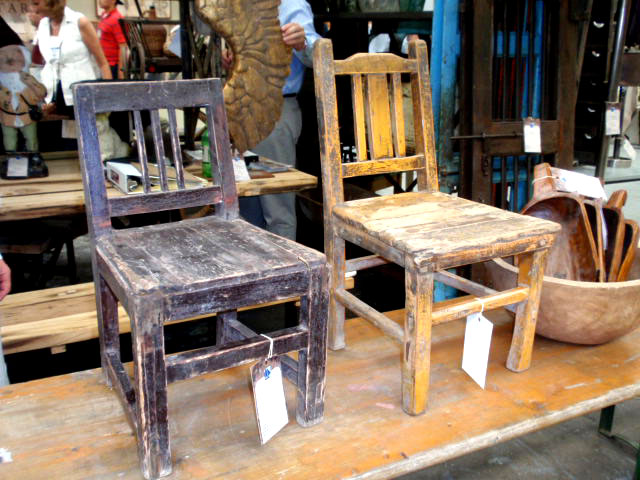 Attrayant Vintage Wood School Chairs