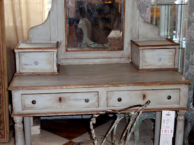 bombay wood desk antique makeup vanity Pottery Barn - Antique Bombay Makeup Vanity - Hudson Goods Blog