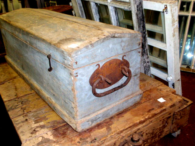 Gallery For > Vintage Wooden Tool Box